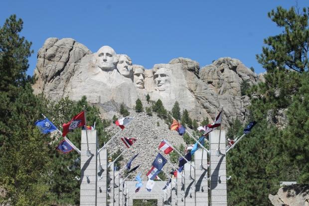 IMG_4367 Mt. Rushmore Avenue of Flags.JPG